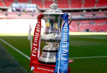 fa-cup-trophy.thumb.jpg.7848cdf4c4462460fc1f5c465afbf6af.jpg
